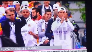 Download Video Llegada a Cibeles del Real Madrid. Copa de Europa 11 MP3 3GP MP4