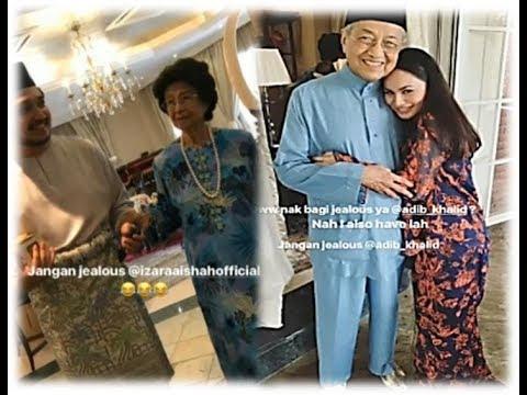 Dah Gileeerr Ke? 😅 Foto Izara Aisyah Peluk Tun M Dikritik Rakyat Malaysia