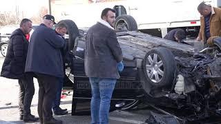 Elbasan – Ndjekje si në filma, 5 të plagosur/ Makina godet dy mjete për t'i shpëtuar policisë