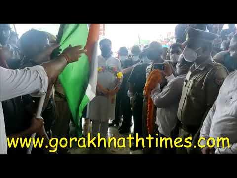 शहीद नवीन सिंह पुलवामा में देश के दुश्मनों से लडते हुए शहीद हो गए, उनके शहादत पर नाज है - रवि किशन
