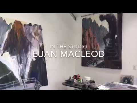 Euan Macleod talks with Maria Stoljar in his studio