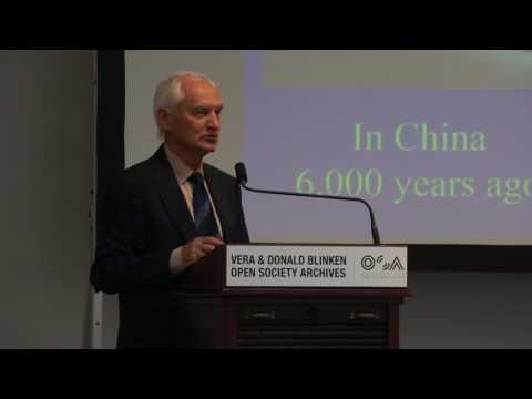 doc. Lumír Hanuš - Dr. Ilya Reznik - Medical Cannabis Conference, Budapest (HCLU)