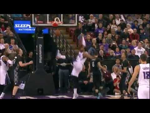 Derrick Williams Throws in Ridiculous Put-Back Dunk