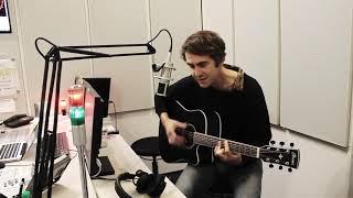 """Der kalifornische singer-songwriter chris cohen hat uns im bytefm magazin besucht und seinen song """"green eyes"""" performt."""