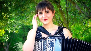 Madonna La Isla Bonita - New Modern Accordion - Cover by LMJM