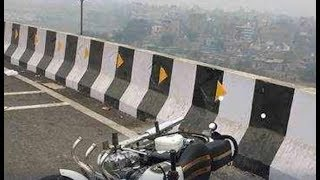 Shocking! In 4 days, 2 riders fall off Delhi's flyovers