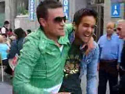 pesca guareña y gonzalo haciendo el gay en madrid