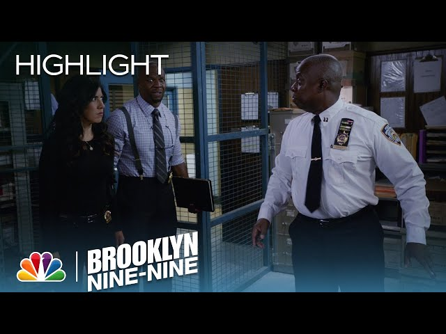 Brooklyn Nine-Nine - The Rats Are on Drugs! (Episode Highlight