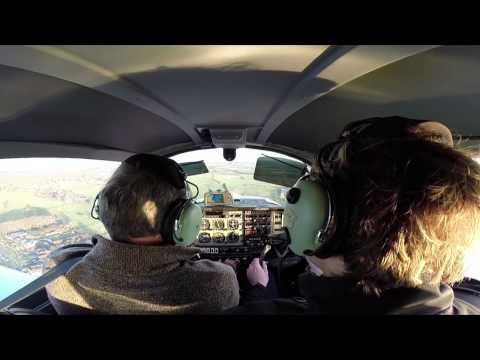 Flying Grumman Tiger AA5b