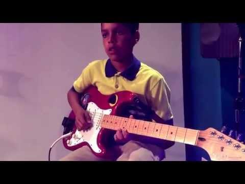 Adharu Adharu - Live Guitar Cover by Aswin