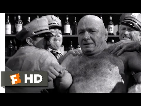 The Killing (6/11) Movie CLIP - Maurice Creates the Distraction (1956) HD