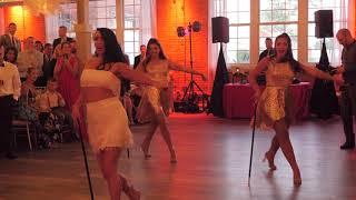 Bride Surprises Groom With Beyonce Wedding Dance
