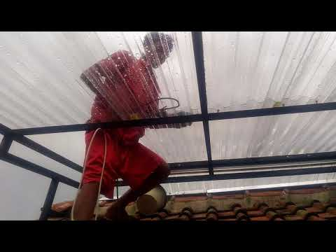 Renovasi atap polycarbonate dengan solartuff