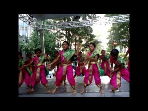 Chikni chameli - India Festival 2013