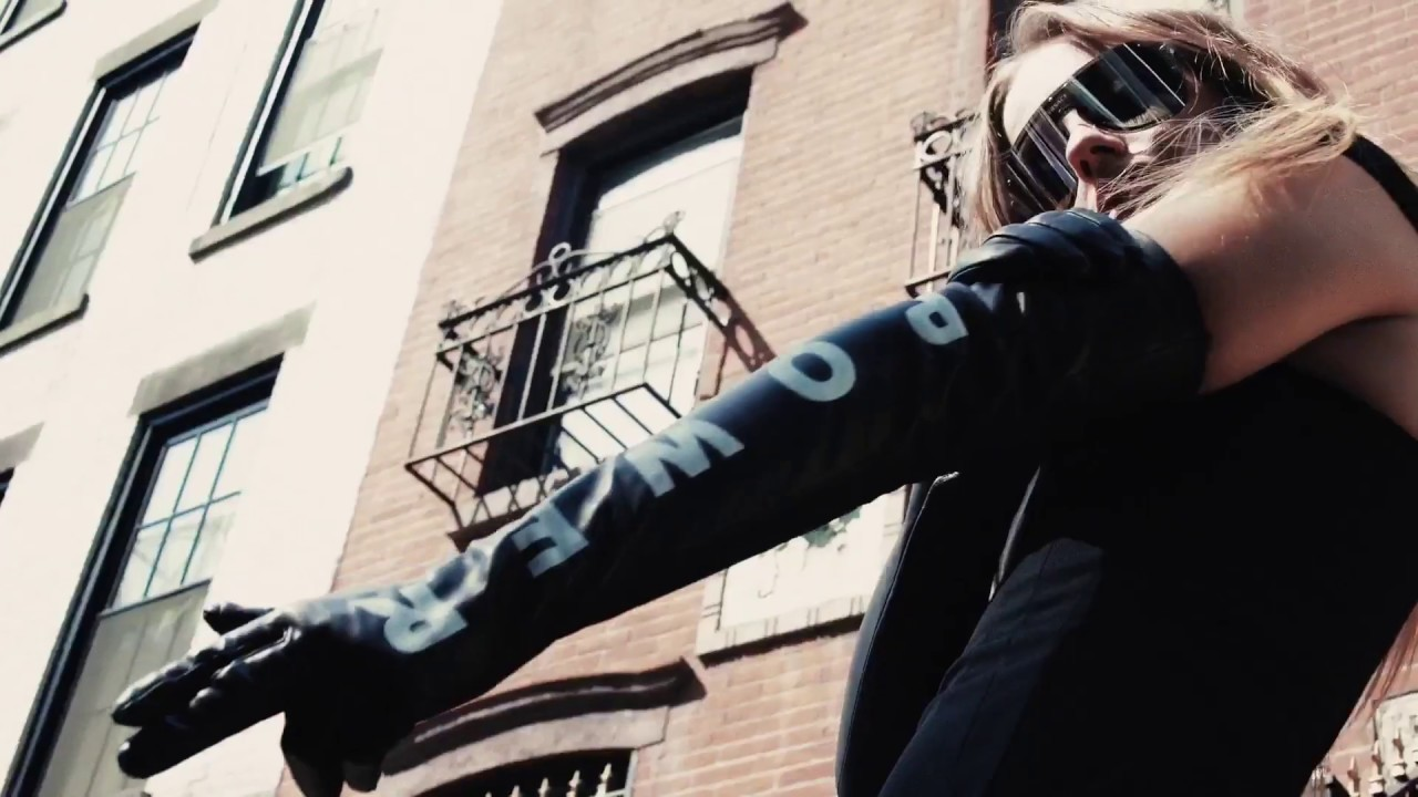 41c672625e Frenergy   Versace - YouTube