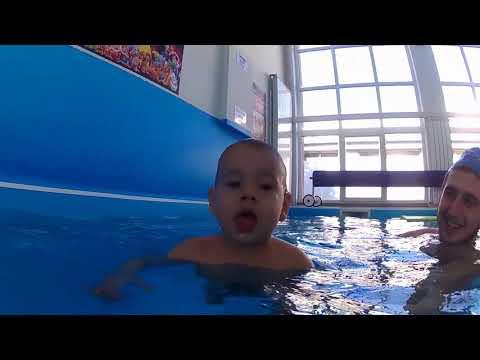 Nutu Matei la cursurile de inot - Aqua Bebe