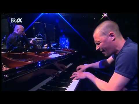 Esbjörn Svensson Trio (Seven Days Of Falling/Elevation of Love) mp3