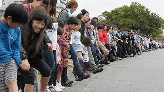 兵庫県宝塚市の武庫川河川敷で2014年11月1日、全国から集まった...