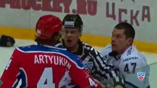 Бой КХЛ: Артюхин VS Осипов / KHL Fight: Artyukhin punishes Osipov