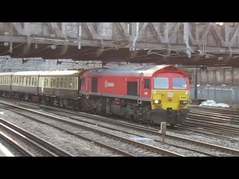 "UK: UK Railtours ""The Thames Trumper"" passes Royal Oak station hauled by Class 59 59204"