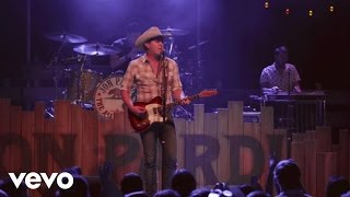 Jon Pardi - Heartache On The Dance Floor (Performance Video)