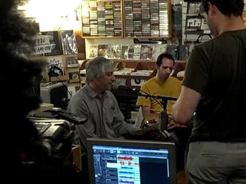 Lee Ranaldo @ Landlocked Music 5.21.2012 (1 of 2)