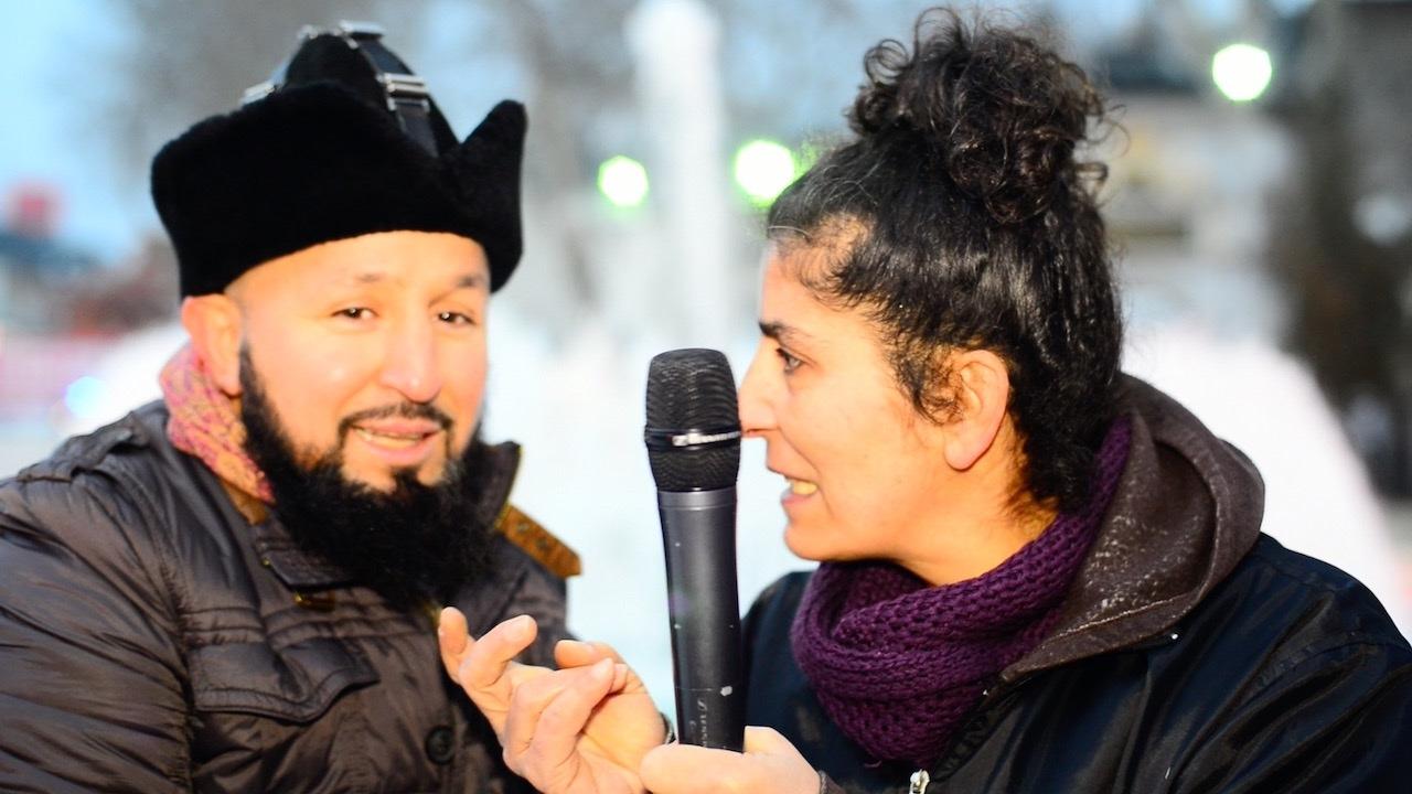 Ahsen Tv Muhabirini Rezil Rüsva Eden Laz Kızı