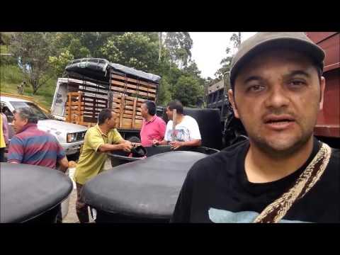 ENTREGA DE 4.000 LITROS DE LOMBRICOL FO-E01 A LOS AGRICULTORES DE APIA RISARALDA