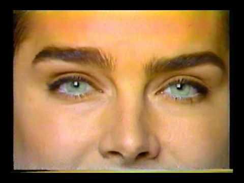 b67d853a3a Anuncio Devlyn - Pupilentes Color 90s - YouTube