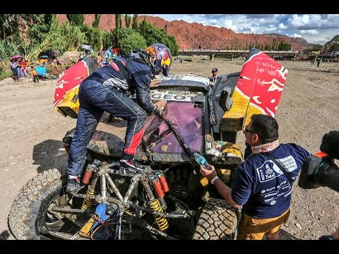 Crash Carlos Sainz Dakar 2017 - YouTube YouTube480 × 360Search by image Crash Carlos Sainz Dakar 2017