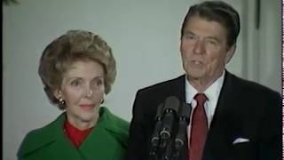President Reagan and Nancy Reagan Lights the National Christmas Tree on December 16, 1982