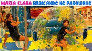 MARIA CLARA BRINCANDO NO PARQUINHO DO SHOPPING
