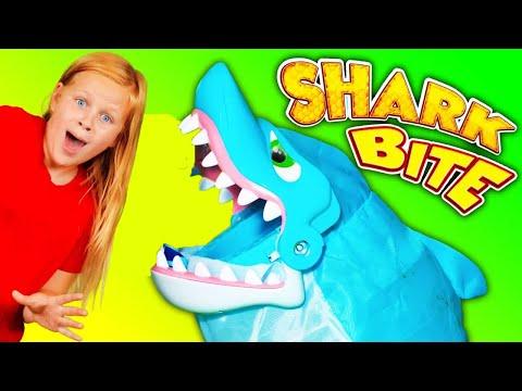 Playing Shark Bite Game as Vampirina plays PJ Masks and Paw Patrol