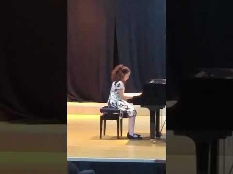 Aylin Özdemir. M. Clementi . Sonatina Do major op. 36. No.3. 1 movement