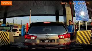 Toyota Innova Back Into Wuling Almaz 13/10/2019