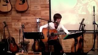 """12年10月4日(木)福岡・白いギターにて♪ 70年代フォークデュオ""""白いギタ..."""