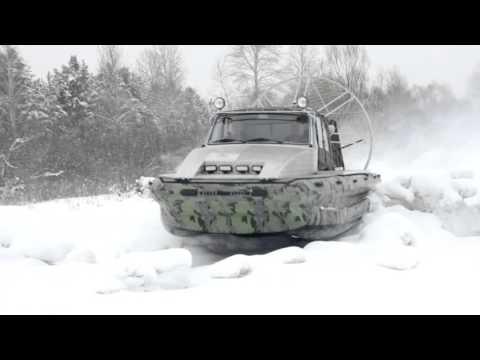 Аэролодка 'Иноходец' по речным торосам Сибири