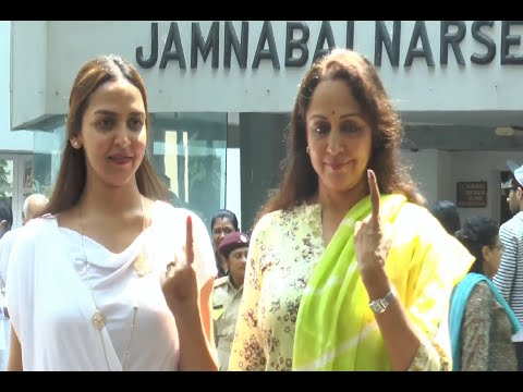 Hema Malini and Esha Deol cast their votes Maharashtra Assembly Elections 2014.