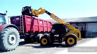 Vývoz hnoja#Massey Ferguson 8690 DynaVT