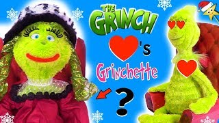 THE GRINCH Meets Girl GRINCH (Grinchette) Will The Grinch's Heart Grow? + Surprise Toys