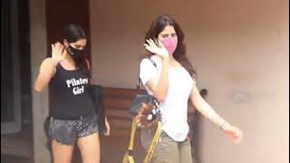 Mumbai: Sara Ali Khan और Janhvi Kapoor Gym बाहर किए गए स्पॉट