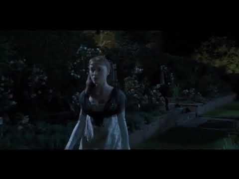 Bridgerton Daphne and Simon first kiss in the garden 1x4