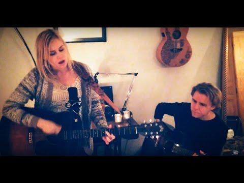 Sofia Talvik - Lullaby - Tiny Desk Concert
