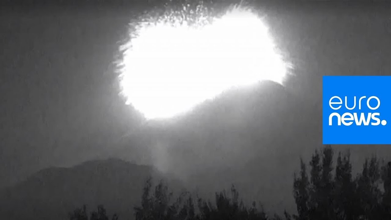 Dramatic video shows moment Mexico's Popocatepetl volcano erupted