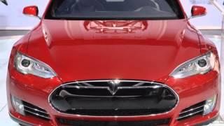 2015 Dodge Charger SRT Hellcat vs 2015 Tesla Model S P85D