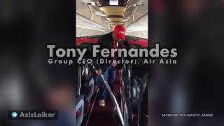 Video Tony Fernandes (Group CEO, Director, AirAsia) assisting crew on Flight AK6306 download MP3, 3GP, MP4, WEBM, AVI, FLV Agustus 2018