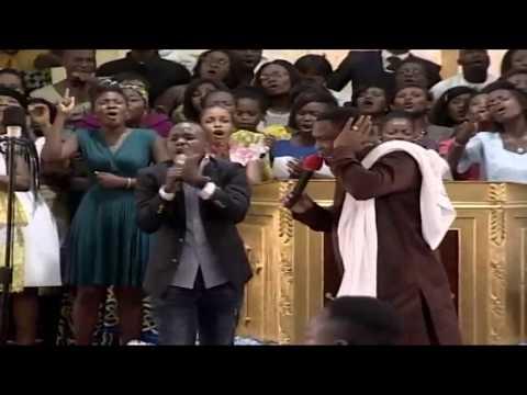 VOICES IN WORSHIP FT KHAYA MTHETHWA AT ROYALHOUSE CHAPEL