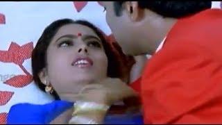 Dongata Movie Scenes - Soundarya misled by Suresh