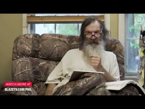 Preston Scott - WATCH! Phil Robertson Offers Analysis of AOC