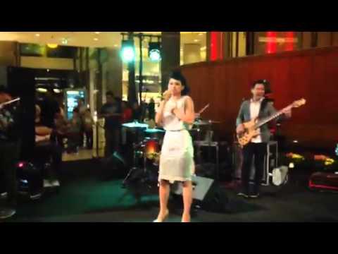 Andien - Sahabat Setia Live Performance